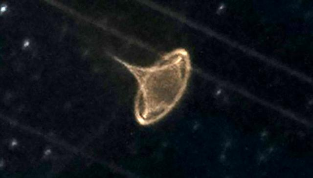 Yıldızları görüntülemek isterken UFO çektiğini iddia etti