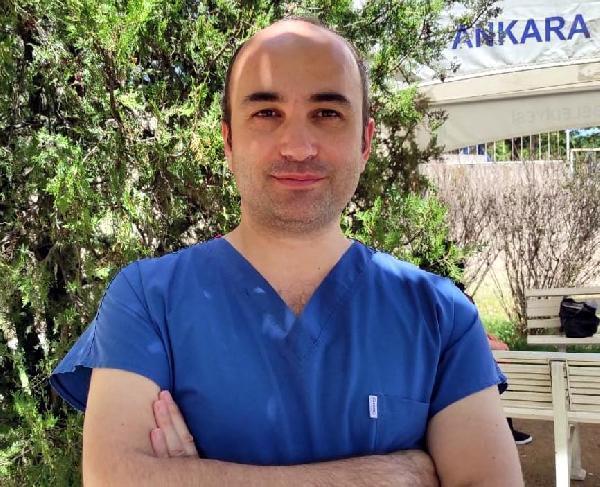 Prof. Dr. Mehmet Ceyhan, 'Daha ağır olacak' diyerek uyardı: Hem grip hem de korona virüsü aynı anda vücutta bulunabilir