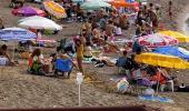 Vatandaşların 27 derece sıcaklıkta denize girdiği Zonguldak'ta yarın yağmur bekleniyor
