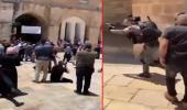 Son dakika! İsrail, Mescid-i Aksa'da Cuma namazı kılanlara saldırdı