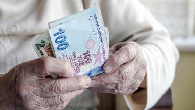 Son dakika: Emeklilerin bayram ikramiyeleri 6-7 Mayıs tarihlerinde yatırılacak