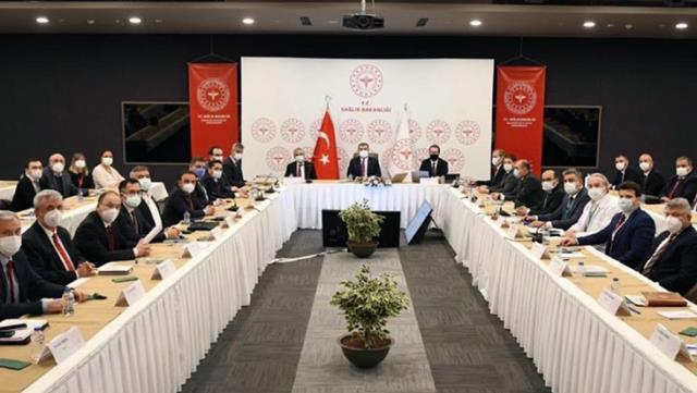 Son Dakika! Sağlık Bakanı Koca: Ülkemizdeki vakaların yaklaşık yüzde 40'ı İstanbul'da