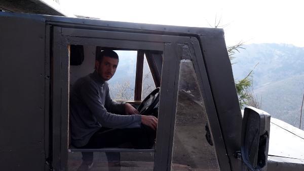 Trabzonlu genç, hurda otomobil parçalarıyla saatte 100 kilometre gidebilen kamyonet yaptı
